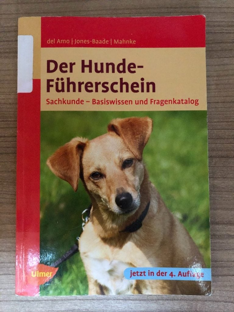 An official book to study for the dog license in Germany